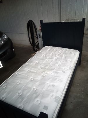 Serta twin bed and frame for Sale in Long Beach, CA