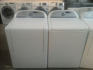 Good condition whirlpool electric washer dryer for Sale in Irving, TX
