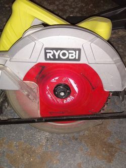 7 1/4 In Circular Saw for Sale in Ravenna,  OH