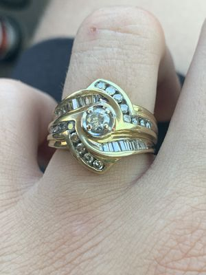 14k very nice diamond ring for Sale in Justice, IL