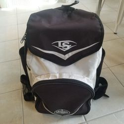 Louisville Slugger Baseball Backpack. Lots Of Pockets, Holds 2 Bats and 2 Water Bottles for Sale in Renton,  WA
