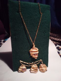 Wire wrapped seashell set for Sale in Pensacola,  FL