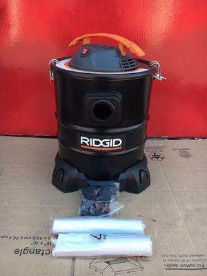 RIDGID 5 Gal. 3.0-Peak HP Ash Canister Vacuum Cleaner for Sale in Redlands, CA