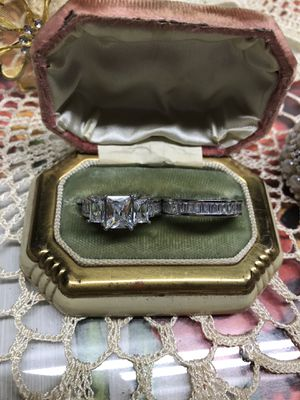 Gorgeous!!!14K White Gold bonded White Sapphires Cubic Zirconia Two Piece set Engagement Ring Sz8 for Sale in Wood Dale, IL