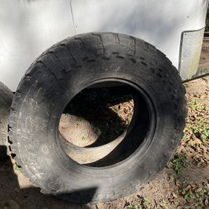 Toyo Open Country Tire for Sale in Pinehurst, TX