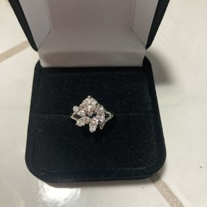 WAS $3,500!! ASKING ONLY $699!! NEW VS2 CLARITY DIAMOND RING WITH CERTIFIED APPRAISAL 14KT WHITE GOLD GORGEOUS STYLE!! for Sale in Providence, RI