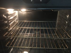 Stove electric good condition for Sale in Martinsburg, WV