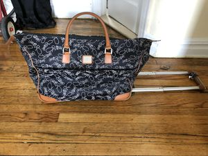 DVF rolling luggage carryon bag for Sale in Queens, NY