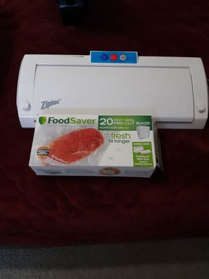 Zip luck food vacuum sealer for Sale in Wildomar, CA