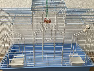 All Living Things Medium Bird Cage For Parrots Parakeets Cocktails for Sale in Tigard,  OR