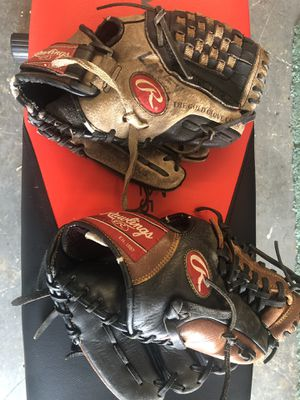 Two Rawlings baseball gloves for Sale in Lake Worth, FL