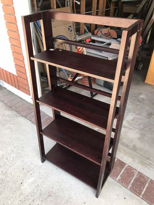 Wood shelf. for Sale in South El Monte, CA