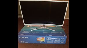 32in curved Samsung monitor for Sale in Watsonville, CA