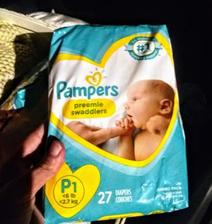 7 PACKS OF PAMPERS PREEMIE SWADDLERS BABY DIAPERS, ALSO a LARGE SIZE BAG SIZE OF PREEMIE DIAPERS. ESTIMATED 50+. for Sale in North Riverside, IL
