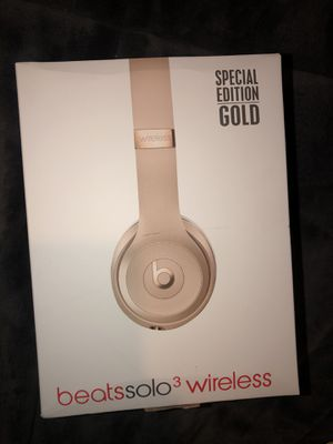 Beats solo 3 wireless headphones for Sale in Burtonsville, MD