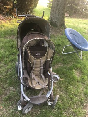 Graco doble stroller in like new condition for Sale in West Olive, MI