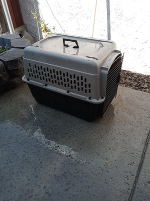 Crate for dog for Sale in Hemet, CA