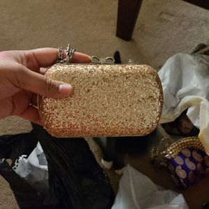 Small Gold Purse for Sale in Anaheim, CA