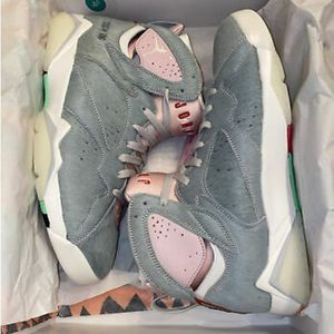 Nike Air Jordan 7 Retro SE Hare 2.0 Bugs Bunny Grey Pink CT8528-002 for Sale in Ansonia, CT
