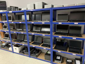 Laptops Laptops Laptops FOR SALE. Refurbished and Like New! for Sale in North Ridgeville, OH