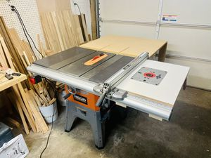 """Ridgid R4512 10"""" contractor table saw WITH EXTRAS!! for Sale in Portland, OR"""