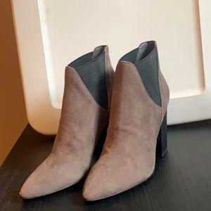 Women's Booties Size 6 Never Worn for Sale in Danbury, CT