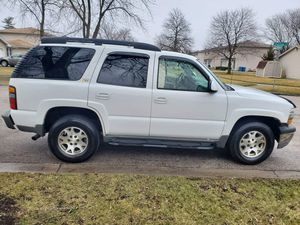 2004 CHEVY TAHOE Z71 for Sale in Aurora, IL