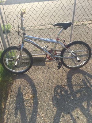 Thruster freestyle pro bmx bike for Sale in Eastpointe, MI
