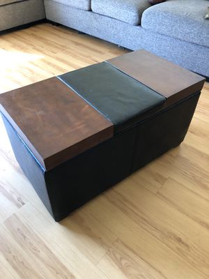 Wood Ottoman / Chest for Sale in Los Angeles, CA
