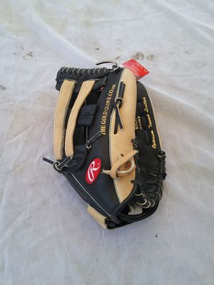 Rawlings BASEBALL glove for Sale in La Puente, CA