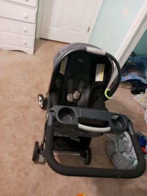 Chicco Keyfit 30 for Sale in Mobile, AL
