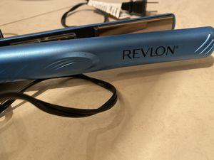 Revlon hair straightener for Sale in Orlando, FL