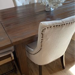 Dining Table With 4regular Chairs And 2 Captain Chairs for Sale in Vancouver,  WA