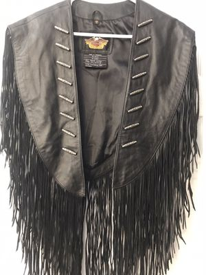 ***Harley Davidson Classic Fringe Leather Riding Vest for Sale in Bakersfield, CA