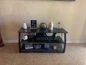 "Tv stand fits 55"" TV for Sale in South El Monte, CA"