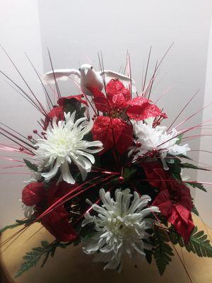 Cemetery Wreath/Flowers for Sale in Jonesboro, GA