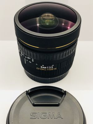 Sigma 8mm f3.5 DG EX Circular Fisheye lens for Canon EF camera mount for Sale in Seattle, WA