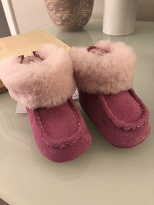 Brand new (w tags) baby girl Ugg boots for Sale in Boulder, CO
