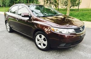 2010 Kia Forte + Freezing Cold AC + Clear Title + Like New Two Tone Interior for Sale in Gaithersburg, MD