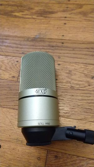 MXL 990 condenser microphone for Sale in San Francisco, CA