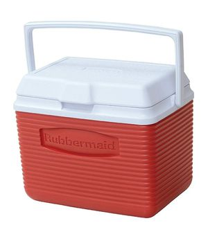 Rubbermaid Cooler, 10 Quart, Red for Sale in Falls Church, VA