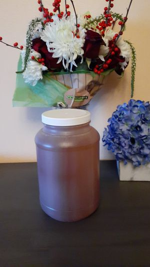 Fresh raw honey organic ready to eat for Sale in Kennewick, WA