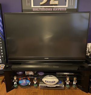 60 Inch Mistibushi 638 Series TV and stand Black for Sale in Woodlawn, MD