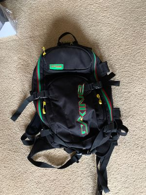 Snowboard/ski backpack for Sale in Seattle, WA