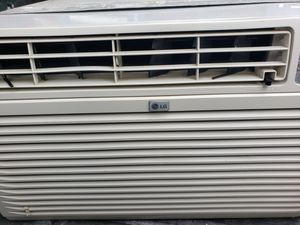 LG Ac unit with housing and Controller for Sale in Hayward, CA