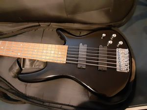 Ibanez gio 6 string bass for Sale in Tucson, AZ