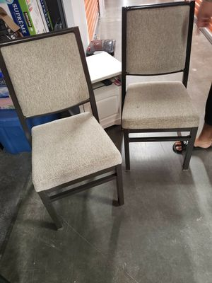 Dining table chairs for Sale in Spring Valley, CA