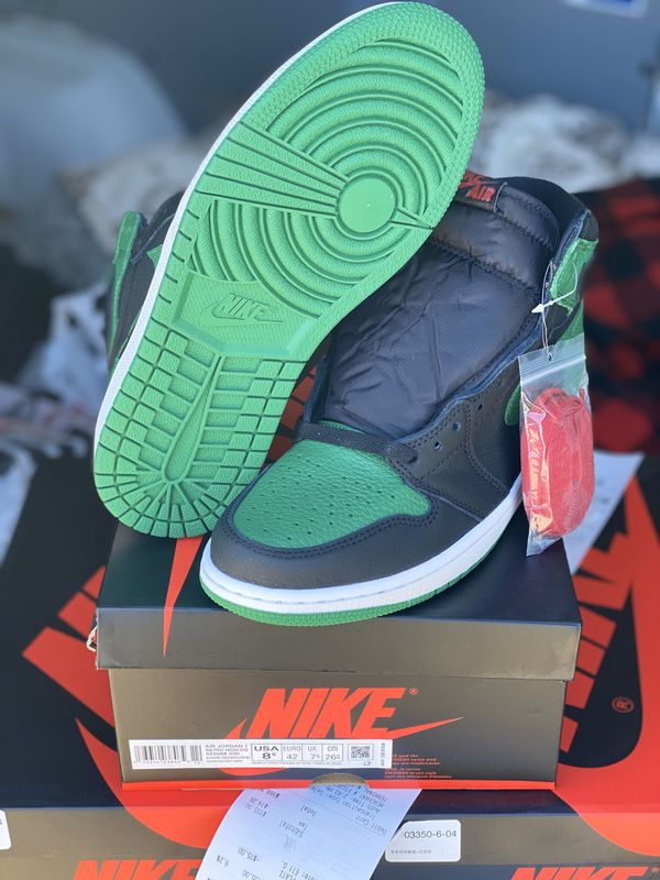 Jordan Retro 1 High Pine Green Black sizes 8,8.5 & 9
