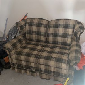 Free Couch for Sale in Orange City, FL