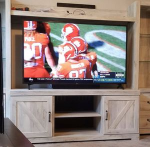 Lg 60 inch tv for Sale in Columbus, OH